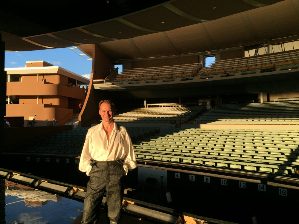 Debut at the Santa Fe opera festival, USA